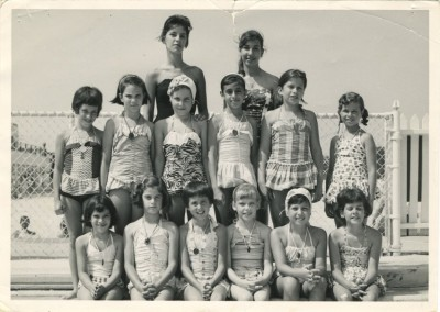 Photograph: group of young girls in bathing suits; nd. 1993.37.26