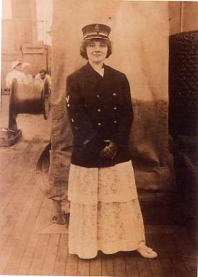 Bertha Berkowich Levy in her US Navy uniform during World War I. Courtesy of Shirley Shor, 2002.64.1.