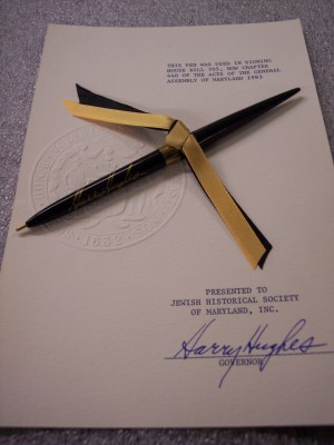 Pen used by Harry Hughes, Governor, in signing House Bill 705, now Chapter 440 of the Acts of the General Assembly of Maryland, 1983.  The bill was to restore B'nai Israel Synagogue. Courtesy of Harry Hughes. 1983.51.1.