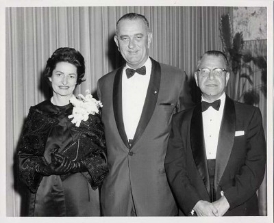Lady Bird Johnson, Vice-President Lyndon B. Johnson, and Harry Greenstein, recipients of the Stephen S. Wise Medallion Award at a Testimonial Dinner of the American Jewish Congress, April 3, 1962. T1989.095.010