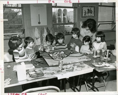 No has identified anyone in this photo of a JCC art class, March 1977