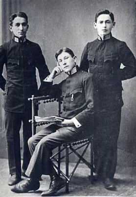 Stephen (Schulim) Laufer, far right, with friends David Kreppel and Abraham Hruszowski.  The three boys were in the same fourth year high school class in Stryj, Pland, 1910-1911. JMM 1983.5.6