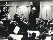 Kurt-Singer-conducting-220x170