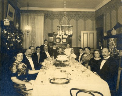 Hannah Mann's 65th birthday celebration at the home of Joe Wiesenfeld, Eutaw Place, 1911.  Donated by Joseph Wiesenfeld. JMM 1990.2.49