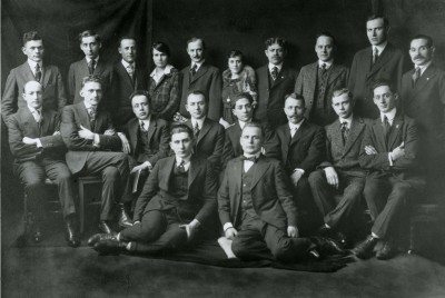 Founders of the Amalgamated Clothing Workers Union, c.1915. M. Serkin (top row, 2md from left), Dorothy Jacobs Bellanca (4th from left), Sarah Baron (6th from left), David Schnapper (9th from left), Morris Michelson (2nd row, 1st from left), Henry Tuerk (2nd from left), Hyman Blumberg (3rd from left), Paul Lesky (7th from left), Jacob Edelman (8th from left), and Samuel Skolnik (bottom, left).  JMM 1990.91.1