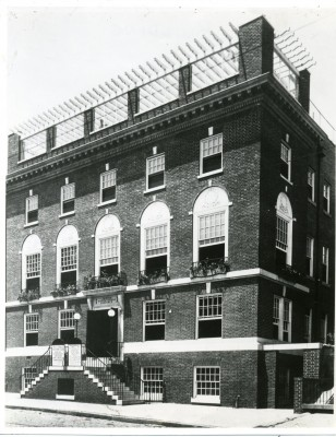 The Levy Building, headquarters of the JEA. JMM 1992.231.105