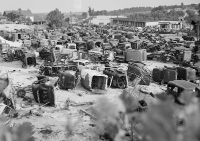 An automobile graveyard outside Baltimore, Maryland, August 1941. Courtesy Library of Congress.