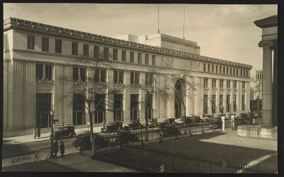 Enoch Pratt Free Library Central Building, c. 1933. Photo by  Harry B. Leopold, courtesy of the Library of COngress.