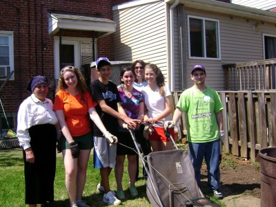 Senior Home Repair Day. Photo courtesy of The Associated: Jewish Community Federation of Baltimore