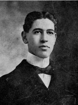 A young Sidney Hollander Sr. From the JMM Vertical Files.