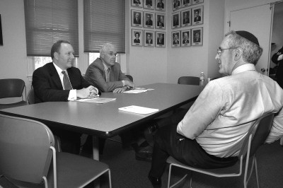 Former CHAI executive director Ken Gelula (right) meets with stakeholders. Photo courtesy of the Associated: Jewish Community Federation of Baltimore.