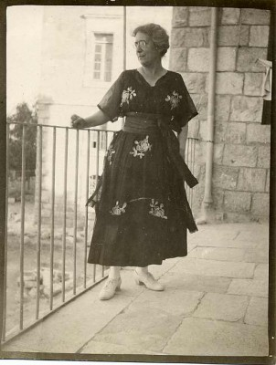 In 1920 Henrietta Szold returned to Palestine, settling there for the rest of her life. JMM 1992.242.7.43b