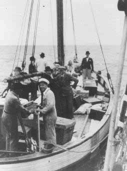 Danish fisherman ferry Jews to safety in Sweeden 1943 . Via USHMM.