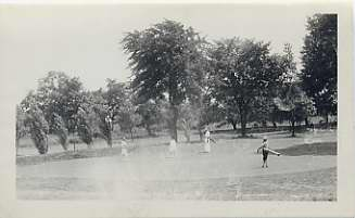 The putting green at the Suburban Club, July 1927. JMM 1985.35.5