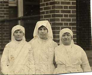 three Red Cross nurses, named Levin, Fuxman and Ribakow, 1990.44.2