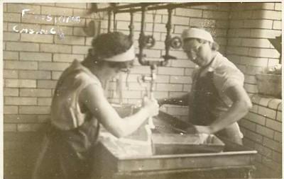 Polish women making sausage casing at Wolf Salganik & Sons, c. 1930. JMM 2004.27.2