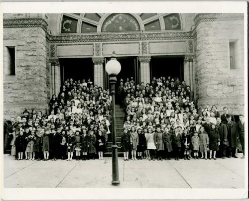 Baltimore Hebrew Congregation's religious school, 1916. JMM 1991.6.1